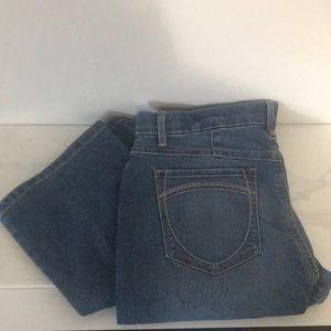 Gloria Vanderbilt Jordyn barely bootcut jeans